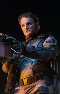 John_Connor_(Jason_Clarke)