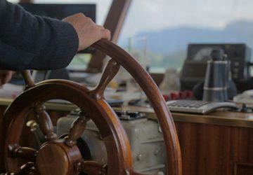 Leadership. Steering the ship